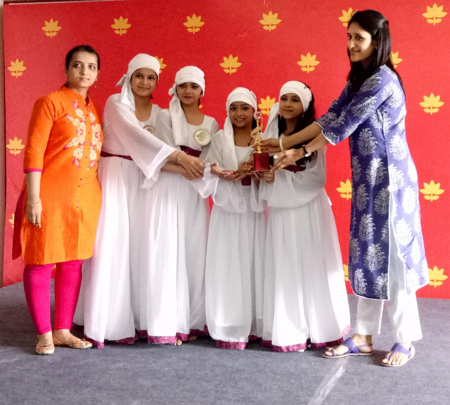 Sanskar students shine at Inter School Cultural Meet 2017-18